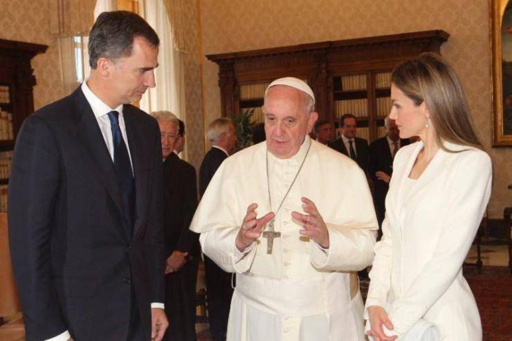 Los reyes de España visitan la sede de la Conferencia Episcopal