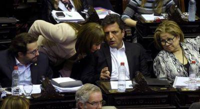 Massa parte el PRO de San Juan y suma una diputada nacional