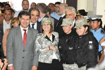 """Bullrich y Casas prometieron trabajar en """"equipo"""" por la seguridad"""