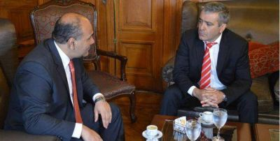 José Cano le pidió a Manzur que acompañe la reforma política