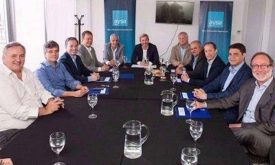 Nación le lleva cloacas a los intendentes y le baja la tensión al Presupuesto de Vidal