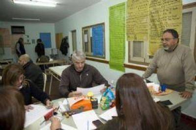 Asumen autoridades del cogobierno con la disconformidad de los gremios