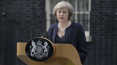 May anunció una gran reducción del impuesto a las sociedades