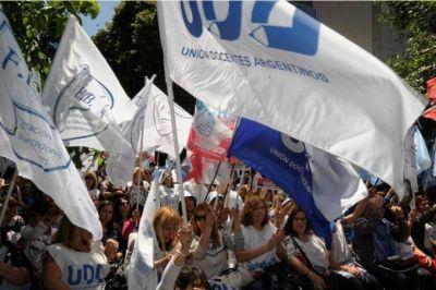 El Frente Gremial Docente vuelve a presionar y pedir por la reapertura de la paritaria