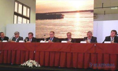 """Ministro Godoy: """"Corrientes tendrá un rol protagónico en la hidrovía con Paraguay"""""""