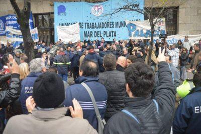 """""""Malditas encuestas"""", Macri junto al mar, viene el tren y quizás CFK…"""