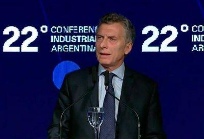 """Macri afirmó que evitaron la """"quinta crisis terminal"""" y volvió a la carga contra los gremios"""
