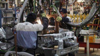 Córdoba: con suspensiones en Fiat, la producción de autos cierra un año negro