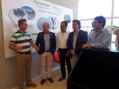 Funcionarios del Ministerio de Agroindustria de la Nación visitaron Agrogenética Riojana