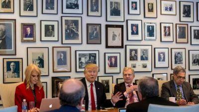"""Trump trató de """"deshonesta"""" y """"falsa"""" a la prensa en una agria reunión con editores"""