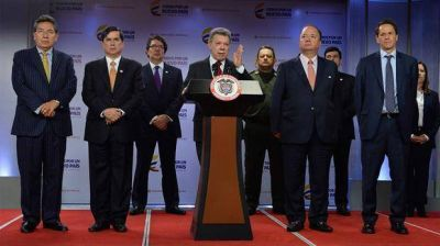 El gobierno y las FARC apuran la firma del nuevo acuerdo de paz