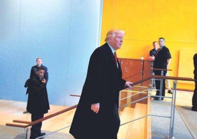 Trump no presentará cargos contra Clinton