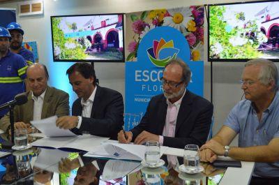 AySA comienza a operar los servicios de agua potable y cloacas de Escobar