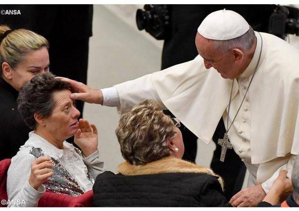 Papa: Sin instrucción la gente se vuelve víctima de la explotación