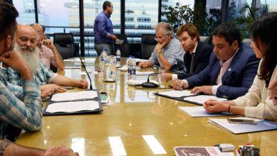 El Gobierno acordó otro proyecto de emergencia social con dirigentes piqueteros