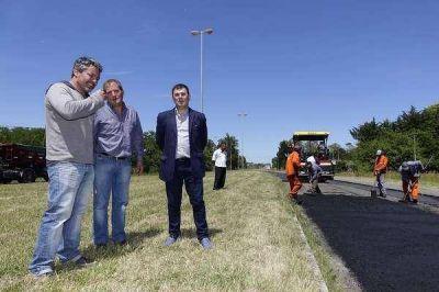 Bertellys recorrió los trabajos de mejoras en el acceso a la ciudad por la Ruta Provincial N° 51