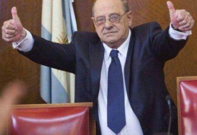 Carlos Fernando en picada, según en una encuesta bonaerense