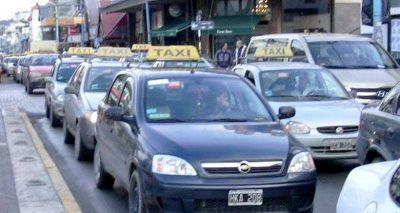 Aprobaron el aumento del 17% en el valor de la tarifa de taxis