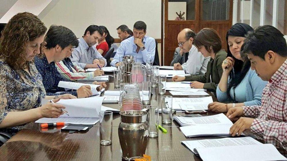 Dieron dictamen al proyecto de la Ley provincial de Aguas