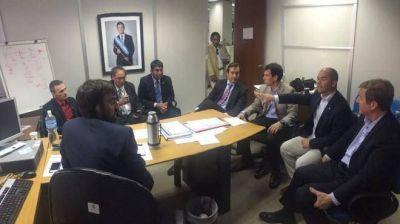 Acuerdo en Nación para reactivar las 231 viviendas