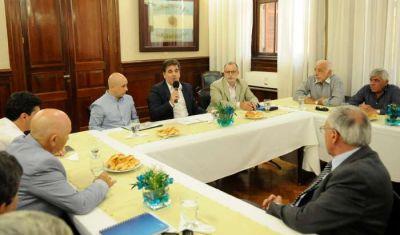Ritondo se reunió con la UTA y empresarios del transporte por cámaras en colectivos