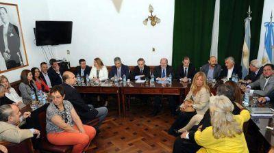 El Gobierno no logró el respaldo del FpV-PJ y se cayó la reforma política