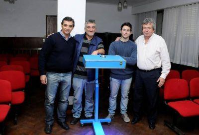 El Hospital Santamarina desarrolló un prototipo de lámpara para luminoterapia