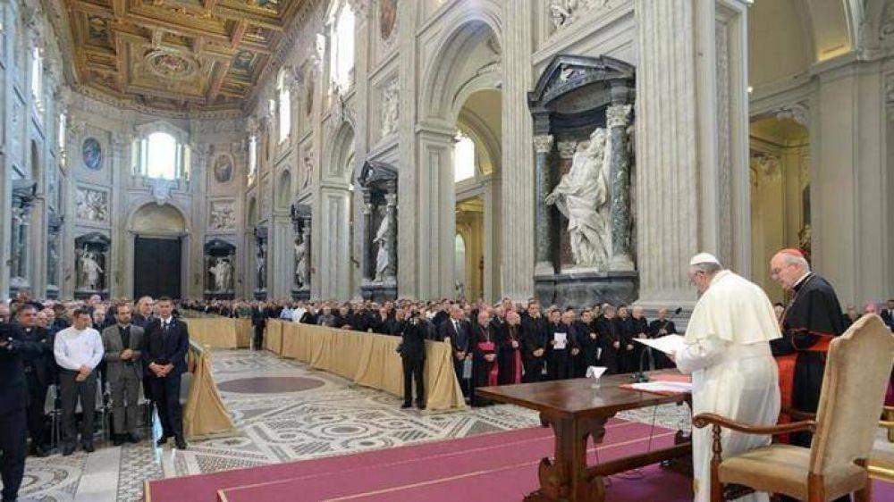 """Francisco: """"El clericalismo es problema serio, si no es rico en dinero lo es en soberbia"""""""