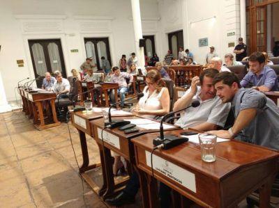 Sesión caliente: La oposición rechazó el tratamiento de la extensión de prórroga del Presupuesto y Fiscal y Tarifaria 2017