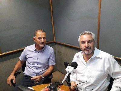 Itamar Sternberg en los estudios de Radio Jai