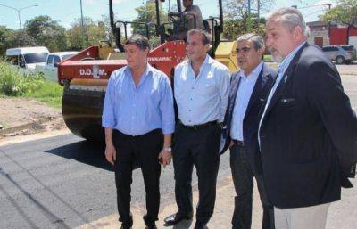El municipio capitalino realiza la pavimentación de calle San Lorenzo al 3.600