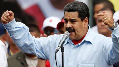 Maduro da un golpe de timón para revitalizar a Pdvsa