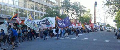 Masiva marcha por el Día de la No Violencia Contra la Mujer