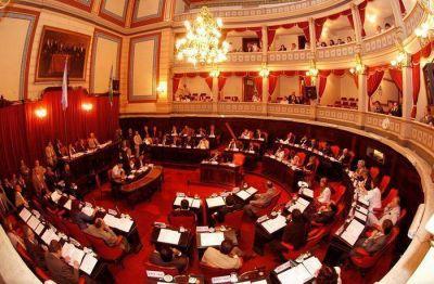 El Senado aprobó los nombramientos de un fiscal y el tercer defensor en lo penal