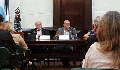Alejandro Fernández sobre el vínculo entre justicia y comunicación