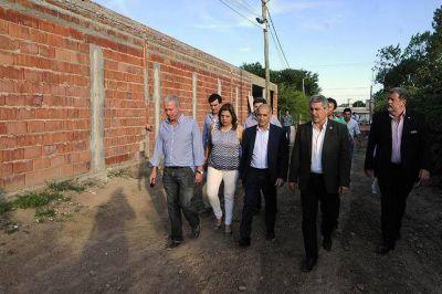 El ministro Elustondo y el vicegobernador Salvador Visitaron obras en Pergamino