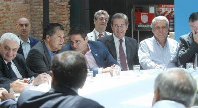 Triaca descartó una revisión generalizada de convenios colectivos