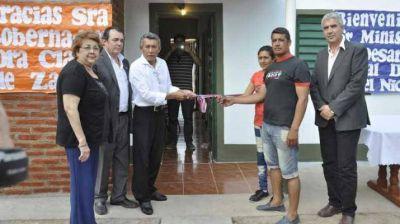 Se entregaron viviendas sociales en los departamentos Figueroa y San Martín