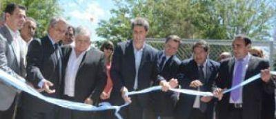 Uñac anunció la construcción del hospital de Rodeo y $23 millones para la red de riego