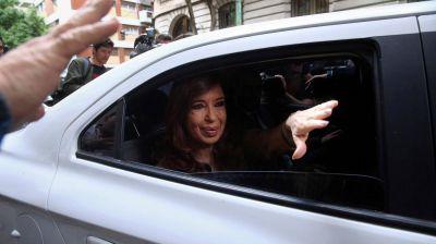 Cristina Elisabet Kirchner confirmó que viaja a Buenos Aires para presentarse en Comodoro Py