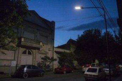 Inauguración de luminarias en la calle Bolívar