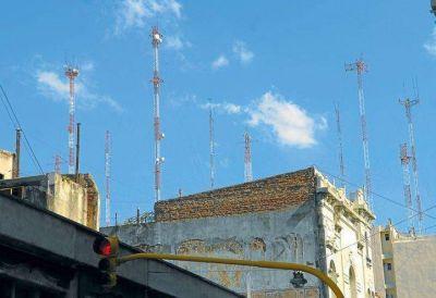 Las operadoras móviles apuran las regulaciones pendientes del Gobierno