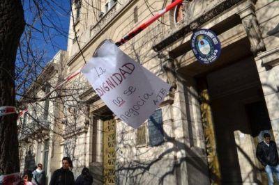 """Judiciales van al paro de 48 horas por una nueva propuesta salarial y en """"defensa del IPS"""""""