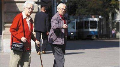 Jubilados pagarán más Ganancias en 2017 de lo que pagaban en 2000