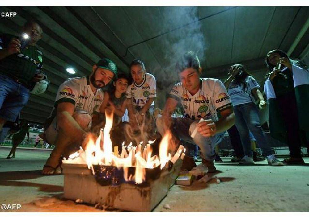 Dolor del Papa Francisco por las víctimas del accidente aéreo en Colombia