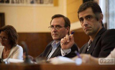 El abogado de Blanco, conflicto en la playa x 2 y los cheques sin fondos de Artime