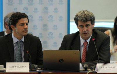 Prat Gay defendió en comisión el proyecto oficial de Ganancias