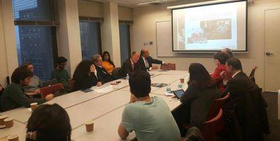 Manzur llegó a un acuerdo de políticas de intercambio con la Universidad de Columbia