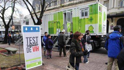 La Provincia habilitará 17 centros para realizar tests rápidos de VIH: en 10 minutos se entrega el resultado