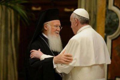 ¿El ecumenismo del papa Francisco? Rezar unos por otros, ayudar a los más necesitados y dialogar